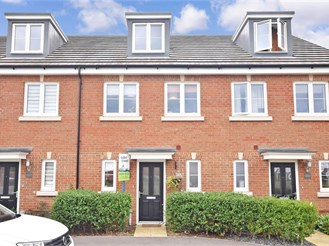 3 bedroom town house in Tangmere, Chichester
