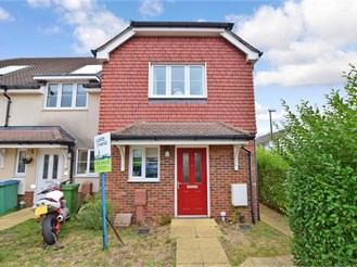 2 bedroom end of terrace house in Yapton