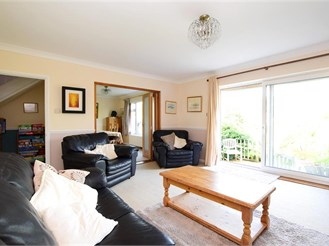 4 bedroom detached bungalow in Findon, Worthing