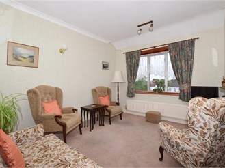 3 bedroom first floor flat in Wallington