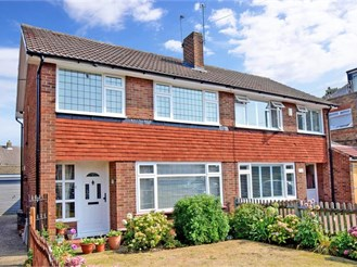 3 bedroom semi-detached house in Sutton