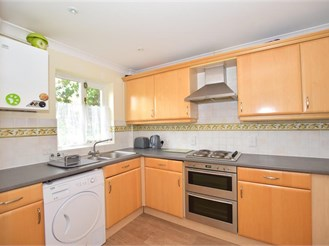 3 bedroom terraced house in Loxwood