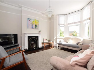 4 bedroom terraced house in Newhaven