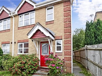 2 bedroom end of terrace house in Maidenbower, Crawley