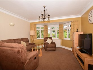 4 bedroom detached house in Shirley, Croydon