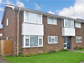 2 bedroom ground floor flat in West Wittering, Chichester