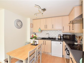 1 bedroom first floor apartment in Southwater, Horsham
