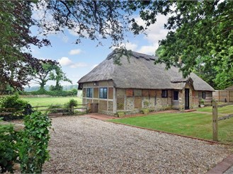 6 bedroom detached house in Climping