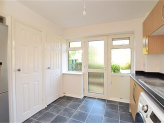 3 bedroom end of terrace house in Woodingdean, Brighton