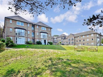 1 bedroom first floor retirement flat in Cowes