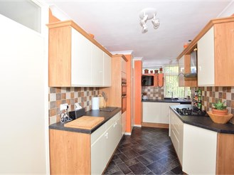 2 bedroom first floor flat in Ifield, Crawley