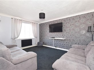 3 bedroom end of terrace house in Worthing