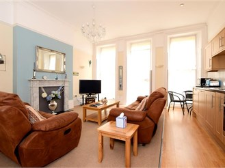 1 bedroom first floor apartment in Brighton