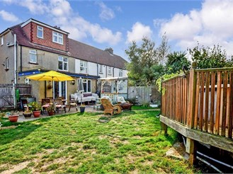 4 bedroom end of terrace house in Portslade, Brighton