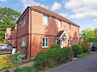 3 bedroom end of terrace house in Fittleworth, Pulborough