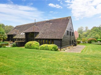 4 bedroom barn conversion in Horton Kirby, Dartford