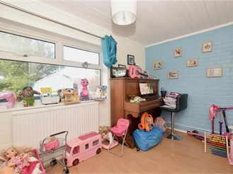 3 bedroom terraced house in Lavant, Chichester
