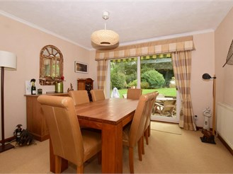 4 bedroom attached house in Kenley