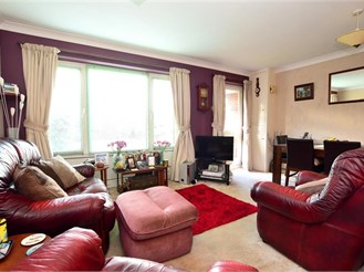 3 bedroom end of terrace house in Northgate, Crawley