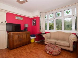 3 bedroom terraced house in Mitcham