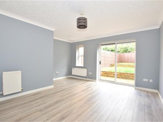 2 bedroom terraced house in Maidenbower, Crawley