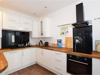 3 bedroom end of terrace house in Milton, Portsmouth