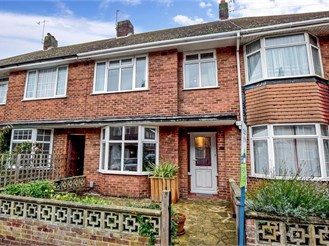 3 bedroom terraced house in Hove