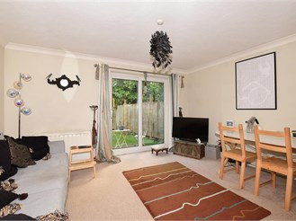 1 bedroom ground floor maisonette in Cheam