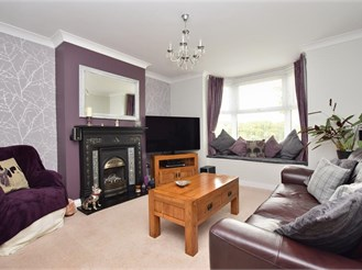 2 bedroom semi-detached house in Turners Hill