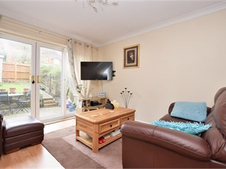 2 bedroom terraced house in Redhill