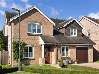 5 bedroom detached house in Fontwell, Arundel