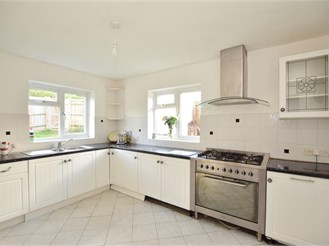 3 bedroom end of terrace house in Upper Hartfield