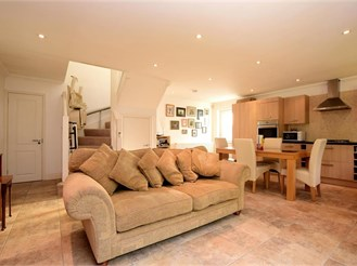 5 bed detached house in Patcham, Brighton