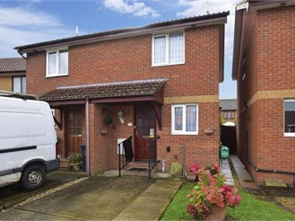 2 bedroom semi-detached house in Sandown