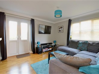 2 bedroom ground floor apartment in Heathfield