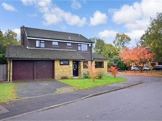 4 bedroom detached house in Scaynes Hill, Haywards Heath