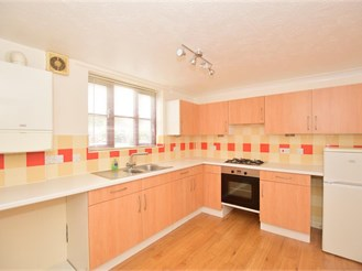 1 bedroom first floor flat in Southwater, Horsham