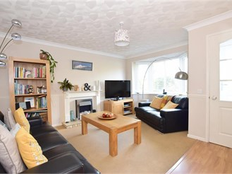 4 bed detached house in Tangmere