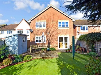 4 bedroom detached house in Tangmere