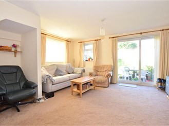 3 bedroom semi-detached house in Crawley Down