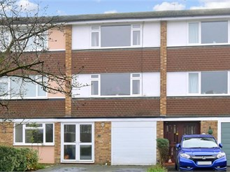 3 bedroom town house in Fetcham
