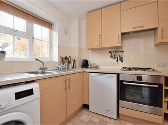 2 bedroom first floor maisonette in Caterham
