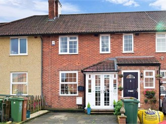 3 bedroom terraced house in Carshalton