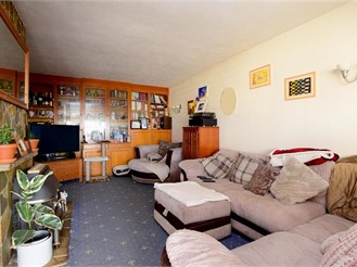 4 bedroom semi-detached house in Woodingdean, Brighton