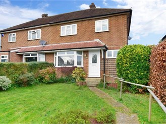 3 bedroom semi-detached house in Crowborough