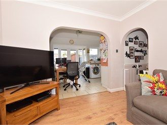 3 bedroom terraced house in Purley