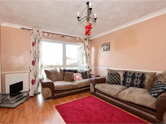 3 bedroom terraced house in Waterlooville
