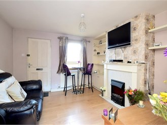2 bed terraced house in Lewes