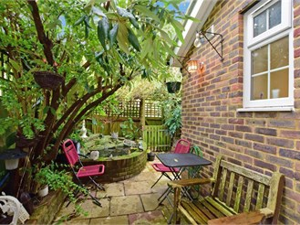 3 bedroom terraced house in Patcham, Brighton
