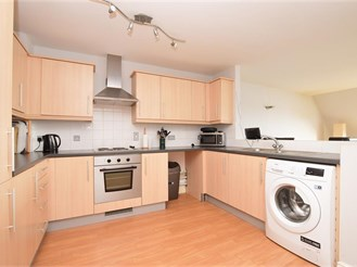 2 bedroom top floor flat in Southwater, Horsham